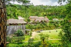 La grande cascade de Pongour près de la ville de Lat du DA, paysage de VietnamBeautiful à la campagne de Dalat pour la visite d'e photos stock
