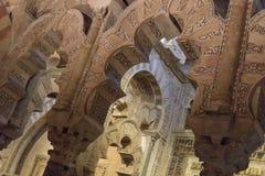 La grande cathédrale de mosquée de l'intérieur de Cordoue Photographie stock
