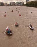 La grande corsa del fiume, barche sul Tamigi. Fotografie Stock Libere da Diritti