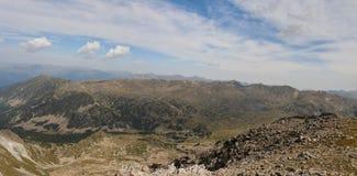 La grande gamme de montagne dans toute sa grandeur photographie stock libre de droits