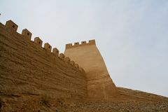 La grande muraglia di jiayuguan in Cina è la torre del segnale fotografia stock