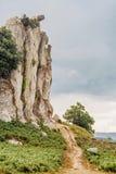 La grande pierre celtique aiment prier le madonna Image libre de droits