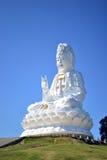 La grande statua di Guanyin in Chiangrai Fotografie Stock Libere da Diritti