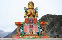 La grande statua di Maitreya Buddha fotografia stock