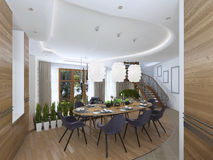 La grande table de salle à manger dans le secteur de cuisine Photo stock