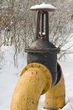 La grands pipe et loquet de gaz. image stock