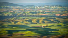La grange rouge sur le Palouse Image stock