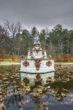 在La Granja de圣・ Ildefonso庭院的喷泉。 免版税图库摄影