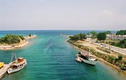 La Grecia, il canale. Fotografia Stock