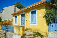 La Grecia - Kefalonia - alloggio greco immagini stock
