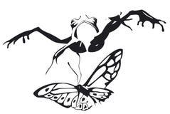 La grenouille sautent pour attraper un papillon Photos libres de droits