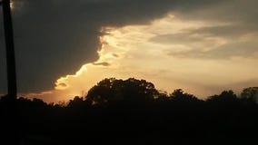 La grieta lanzó el cielo Imagenes de archivo