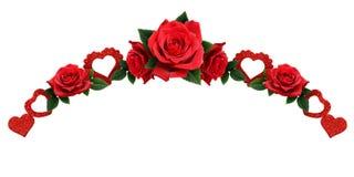 La guirlande avec les coeurs de scintillement et la rose de rouge fleurit Photos libres de droits