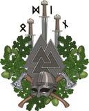 La guirnalda del roble, un casco de Viking y dos cruzaron las hachas de armas, tres espadas de los Vikingos y Walknut con las run Imagen de archivo libre de regalías