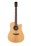 La guitarra acústica se aísla en el fondo blanco Imágenes de archivo libres de regalías
