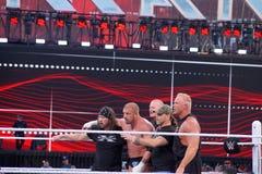 La H tripla tiene la mazza e Sting tiene il pipistrello in anello durante la m. Immagine Stock Libera da Diritti