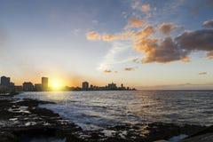 La Habana Centro (Cuba) en la puesta del sol Imagen de archivo libre de regalías