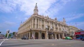"""LA HABANA, CUBA - 13 DE MAYO DE 2018 - gran teatro de la calle panorámica de La Habana o de Gran Teatro de La Habana """"Alicia Alon metrajes"""