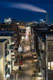 La Hambourg-Allemagne 29 décembre 2017 : Astreet dans le hafencity de Hambourg la nuit images libres de droits