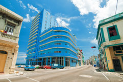 LA HAVANE, CUBA - 15 AOÛT 2016 Vue de la négligence d'hôtel de Deauville image stock
