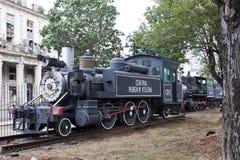 LA HAVANE, CUBA - 27 JANVIER 2013 : vieille locomotive à vapeur au centre de La Havane Photos stock