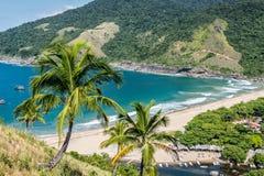 La hermosa vista de la isla tropical de Ilhabela, Río hace el janerio, sao Foto de archivo libre de regalías