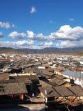 La hermosa vista en la ciudad vieja de Lijiang Yunan, China Imagenes de archivo