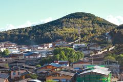 La hermosa vista en Shangri-La, conocido antes como condado de Zhongdian, es la capital de la prefectura autónoma de Diqing Yunan Fotografía de archivo libre de regalías