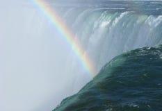 La herradura cae primer y arco iris de la borde Imagenes de archivo