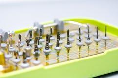La herramienta perfora Prosthetist dental Imagenes de archivo