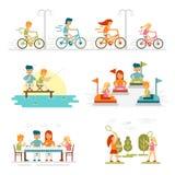 La historieta de la familia fijó con días de fiesta y actividades de las celebraciones Vector aislado feliz de la forma de vida a libre illustration