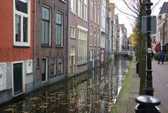 La Hollande, Delft, canaux images stock