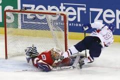 La Hongrie contre le match de hockey sur glace de championnat du monde de la Corée IIHF Photographie stock libre de droits