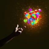 La idea de nuevas tecnologías y la integración presentaron por la figura del cubo Imagenes de archivo