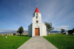 La iglesia blanca en Glaumbær imagen de archivo