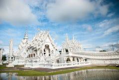 La iglesia blanca magnífica Fotos de archivo libres de regalías