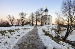 La iglesia de la intercesión en el Nerl Foto de archivo