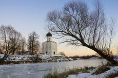 La iglesia de la intercesión en el Nerl Fotos de archivo