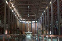 La iglesia de madera católica más grande en Tailandia, provincia de Yasothorn, Th imagenes de archivo