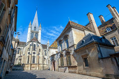 La iglesia de Notre-Dame de Dijon, Borgoña, Francia Fotos de archivo
