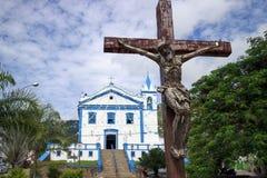 La iglesia de nuestra señora de la ayuda en la isla de Ilhabela, el Brasil Imagen de archivo libre de regalías