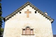 La iglesia de San Micaela en Palagnedra en el valle de Centovalli Imagen de archivo