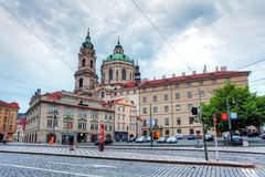 La iglesia de San Nicolás en Praga, República Checa Fotografía de archivo libre de regalías