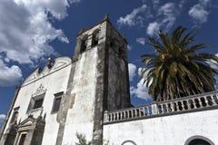 La iglesia de St Mary en Serpa, Portugal foto de archivo