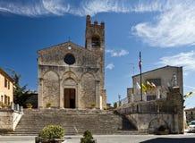 La iglesia del santo Agatha en Asciano fotos de archivo