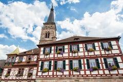 La iglesia del santo Juan y San Martín, Schwabach, Bavari imagenes de archivo