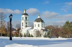 La iglesia en el ` de Tsaritsyno del ` de la Museo-reserva, Moscú, Rusia Foto de archivo