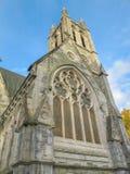 La iglesia gótica en la abadía de Kylemore Fotos de archivo