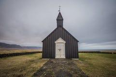 La iglesia negra de Budir Islandia del oeste Imágenes de archivo libres de regalías