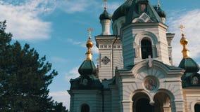 La iglesia ortodoxa de Foros en Crimea, ve cerca almacen de metraje de vídeo